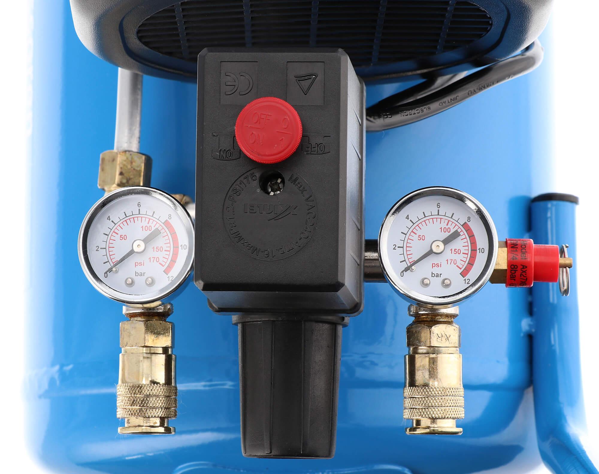 Twee universele snelkoppelingen, drukschakelaar, reduceerventiel en veiligheidsventiel HL 310-25